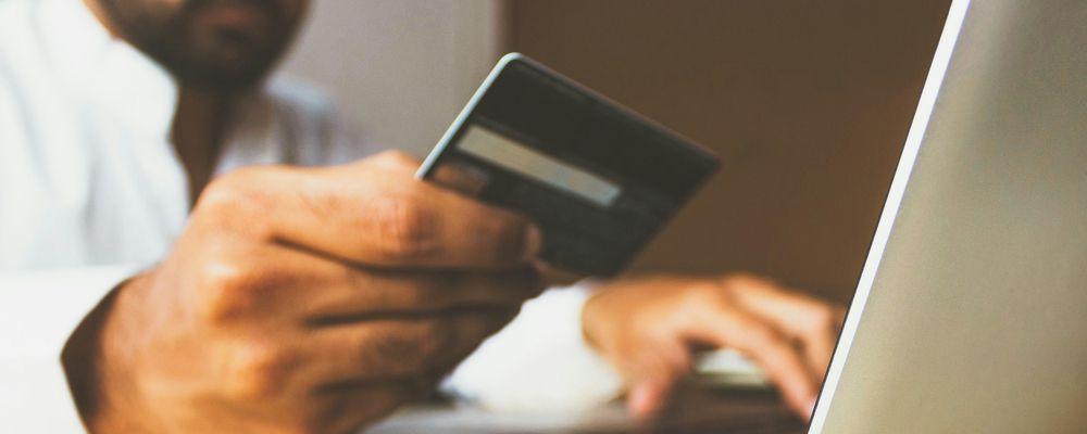 クレジットカード付帯保険のメリット、デメリット