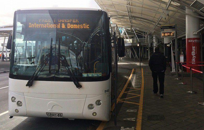 オークランド国際空港 ターミナルバス3