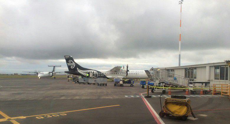 オークランド国内線空港 乗り換え11